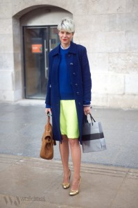 Elisa Nalin blue and neon yellow