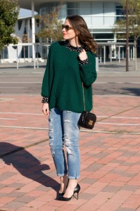 Green and neutral color mix