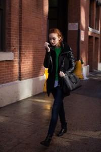 flat black boots skinny jeans