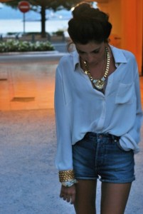 Oversize fluid white blouse
