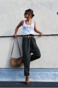 thin top wide fluid pants and belt