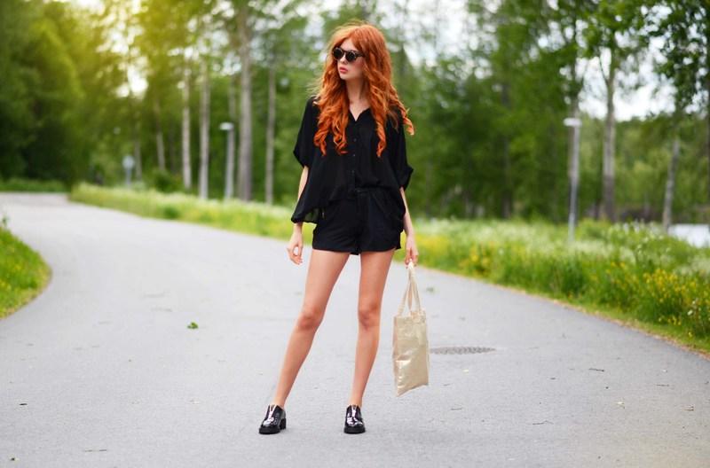 ebbazingmark black shorts