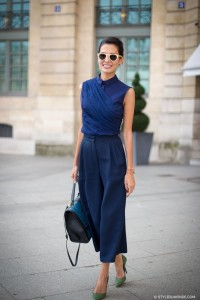 Oversize pants revealed ankles heels style du monde
