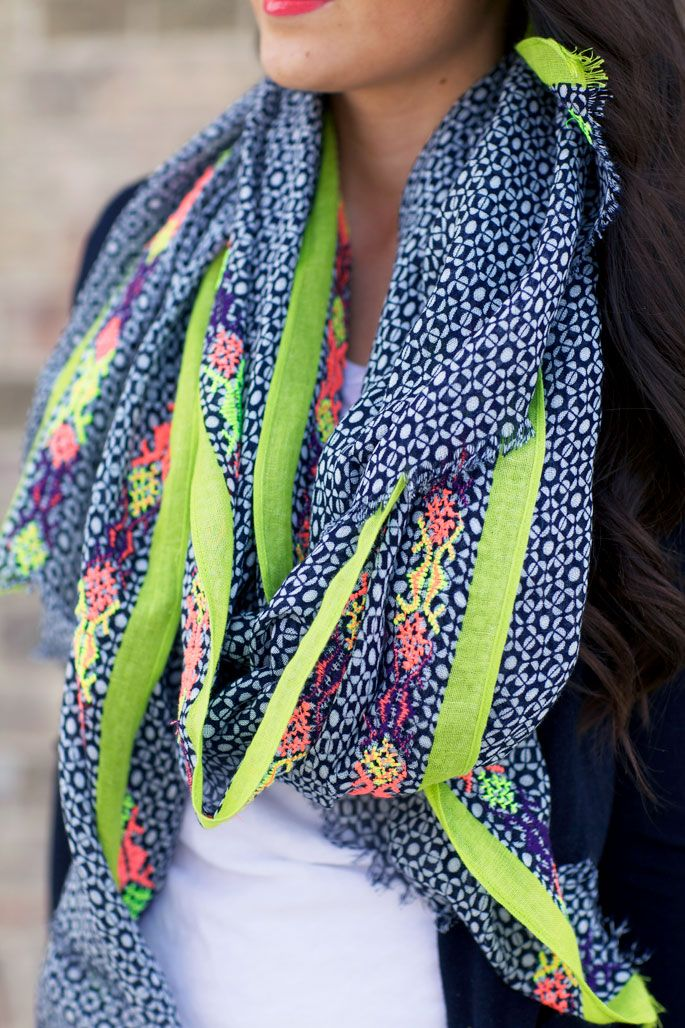 How to wear the scarf in spring summer Personal Shopper