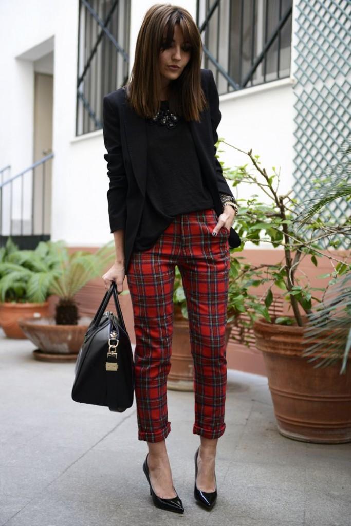 How To Wear Plaid Dress Like A Parisian