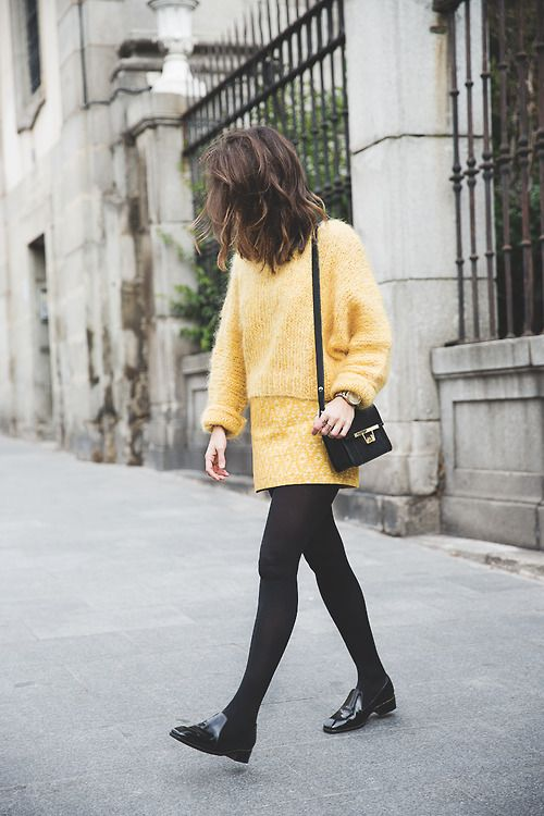 mini skirt yellow