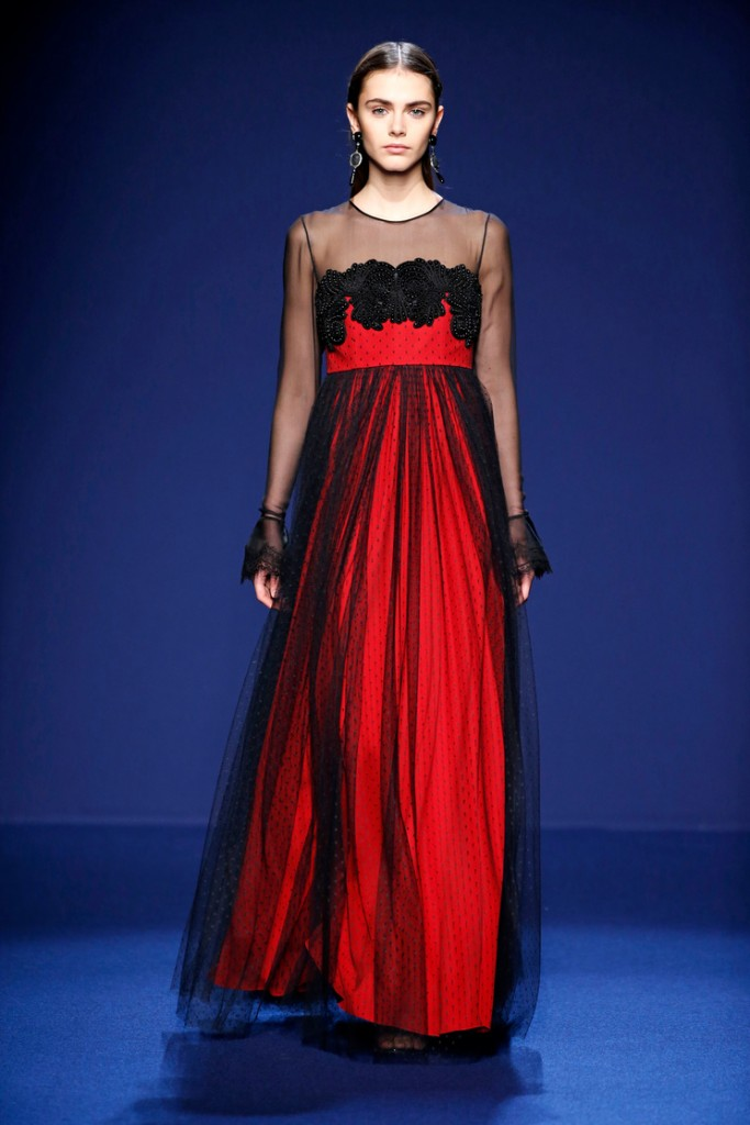 Black on red Andrew GN 16