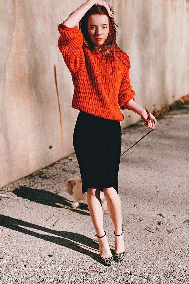 Style Tip: Take a page from Glamour's Jane Keltner de Valle's playbook, and try a chunky knit over an eyelet janydo.ml Tip: Experiment with textures, and wear a tissue-thin cotton turtleneck with a silky skirt.