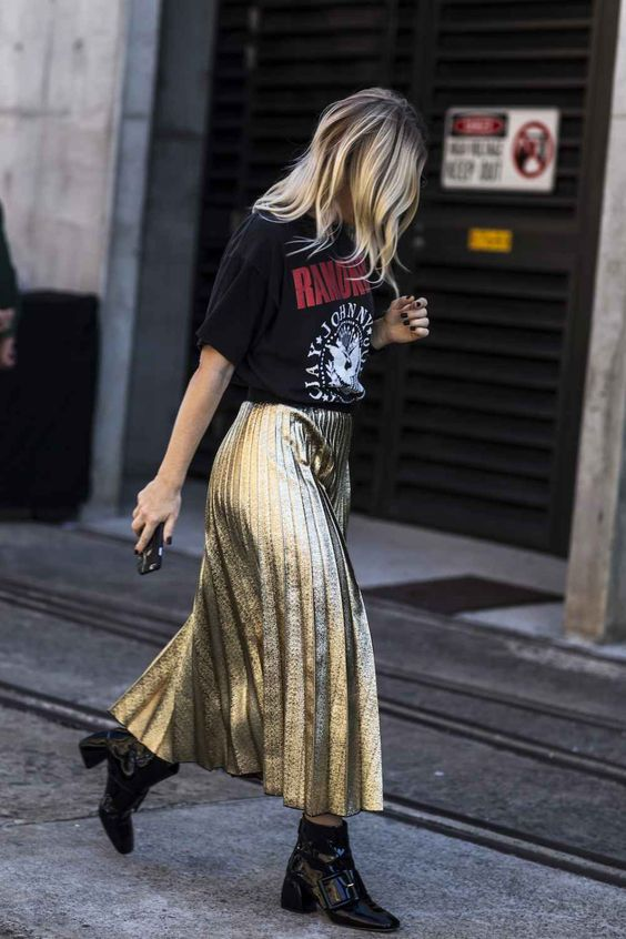 low-boots-midi-skirt