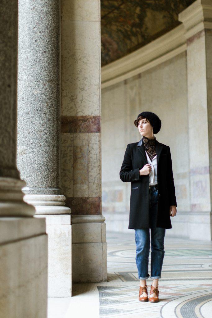 Refashion gallery m'a photographiée au Petit palais avec mon 505 (n'hésitez pas à faire appel à notre service de shooting photo professionnel).